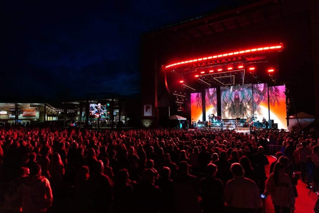 The Graphics And Lights At The Tuscaloosa Amphitheater Can'T Be Beat. Photo Via Red Mountain Entertainment