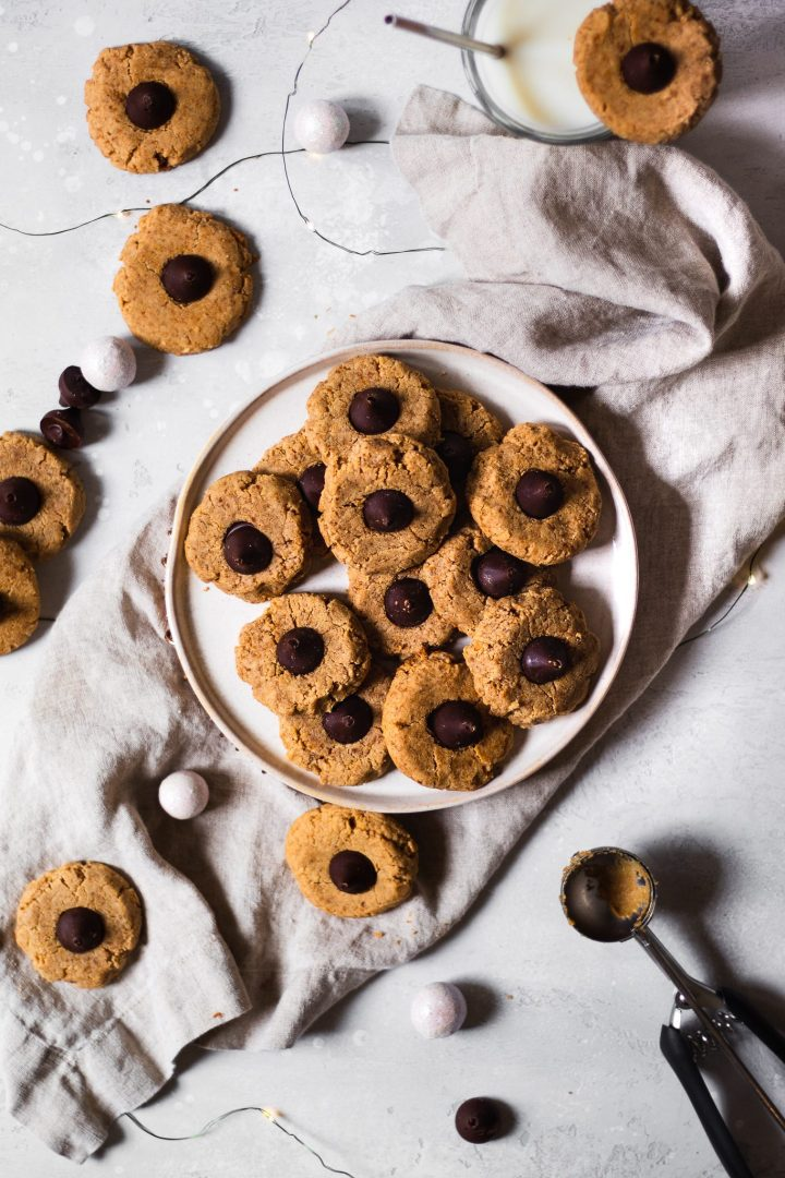 peanut butter blossoms on a plate