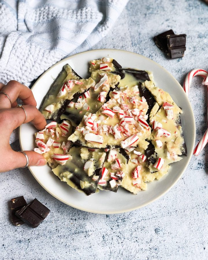 A healthy vegan and paleo peppermint bark made with homemade vegan white chocolate and dark chocolate! The easiest holiday treat everyone will love!