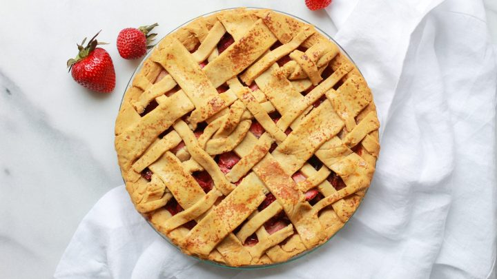 header of strawberry rhubarb pie
