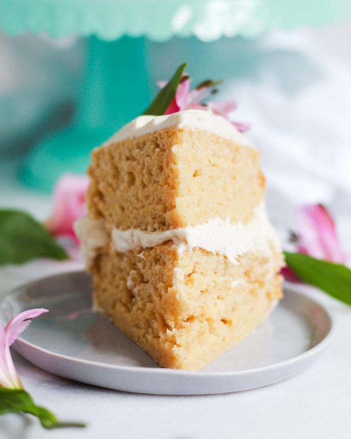 fronst view of sliced vegan vanilla cake