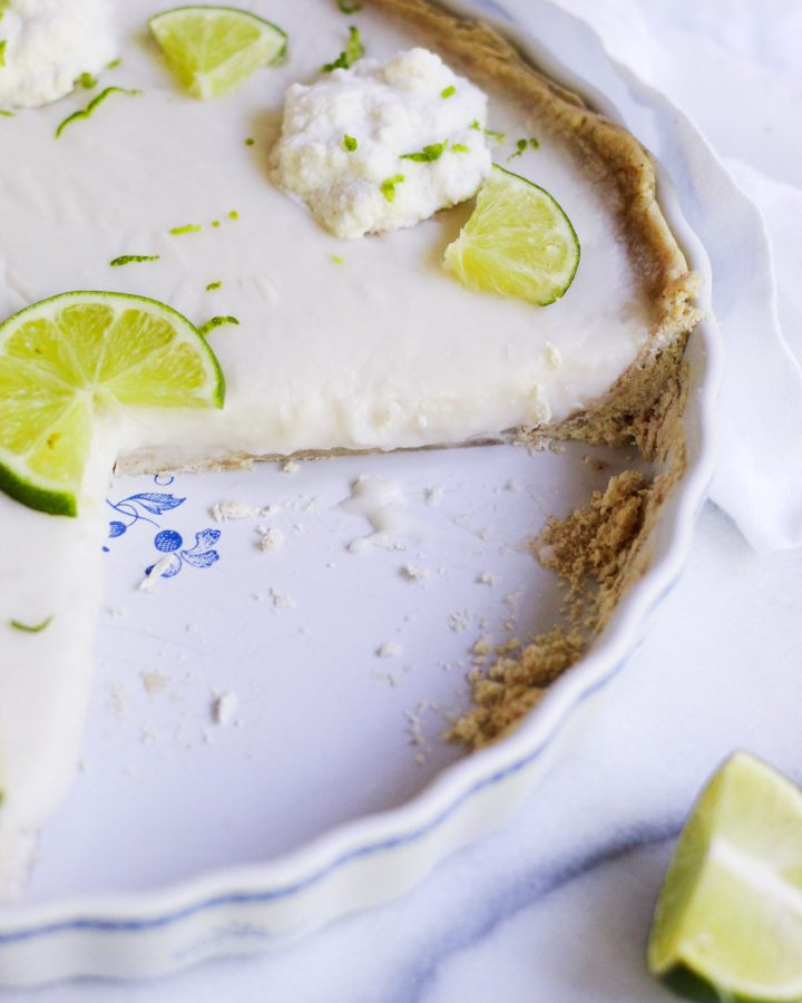 close up of filling of paleo key lime pie