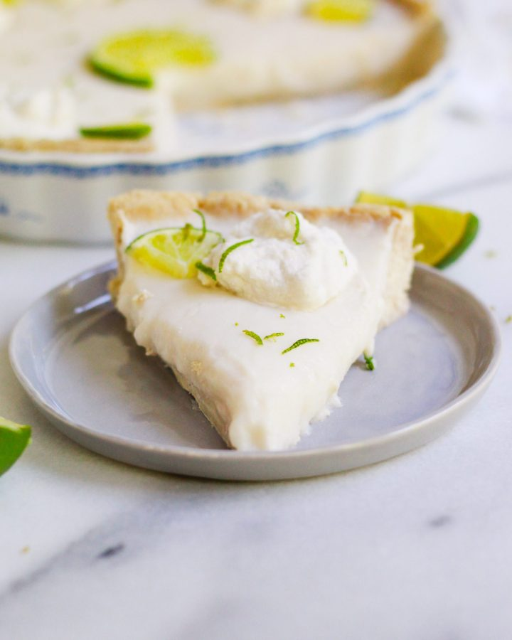 head on shot of vegan key lime pie