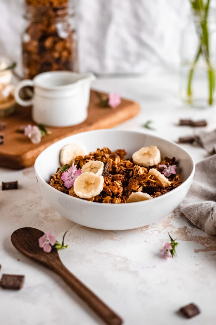 bowl of banana bread granola