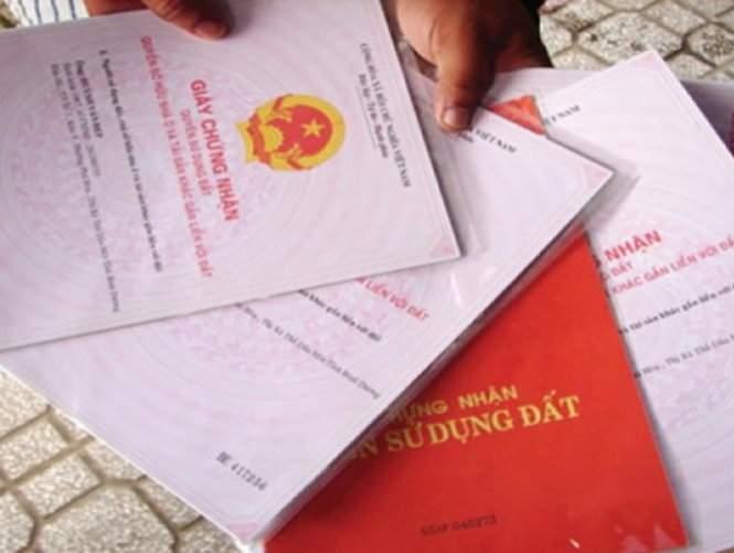 Hình 4: Tồn tại song song các loại giấy tờ chứng nhận quyền sử dụng đất