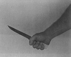 fist_grip_knife_hit_grip_proper_holding_technique