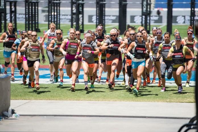 Women during Murph at 2015 CrossFit Games