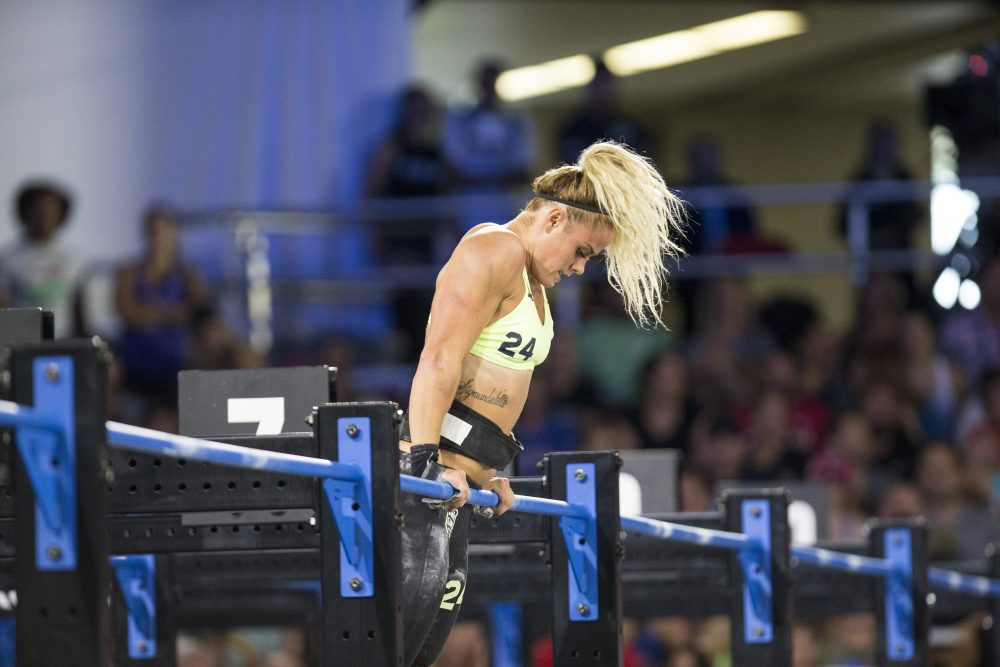 Sara Sigmundsdottir during Muscle-up Clean Ladder at the 2017 CrossFit Games. Photo courtesy of CrossFit Inc.