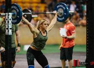 Sara Sigmundsdottir at the 2017 Mayhem for Mustard Seed Ranch event. Photo by The Barbell Spin.