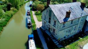 The Barge Inn canal side