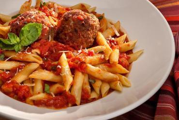 meatball-marinara-pasta-vance-fox