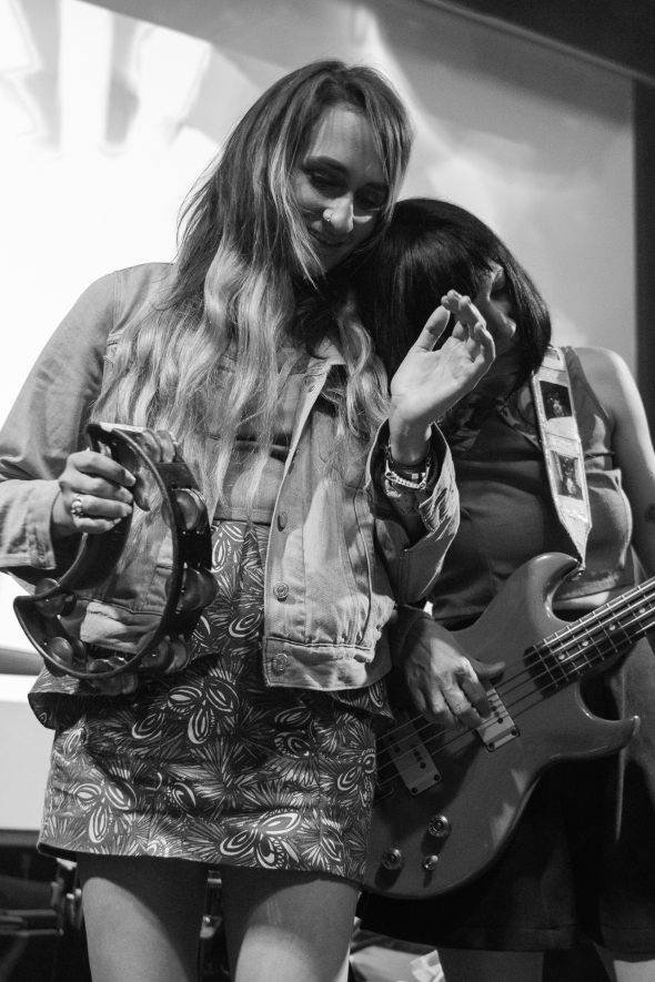 Speedy Ortiz and The Good Life (All Photos by by Jennymay Villarete)