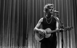 Ezra Furman at the Swedish American Hall, by Ria Burman