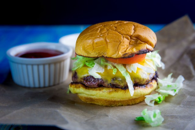 Big Green Egg Cheeseburger Throwdown