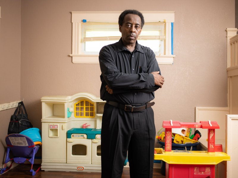 When stay-at-home orders in the spring led businesses to shut down and left many people out of work, Lamar Mickens and his wife, who run an in-home child care center in midtown Kansas City, suddenly found themselves without any business. (Zach Bauman/The Beacon)