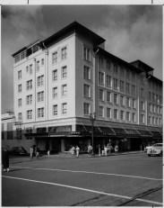Hink's 1952