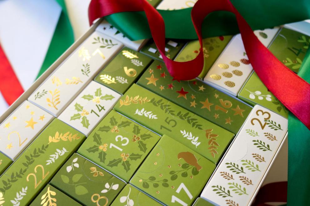 nycosmetics-aveda-yves-rocher-loccitane-advent-calendar-review_7035