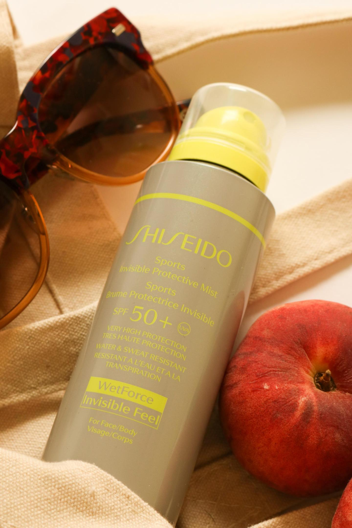 Sports Invisible Protective Mist SPF50+ with wet force and invisible feel