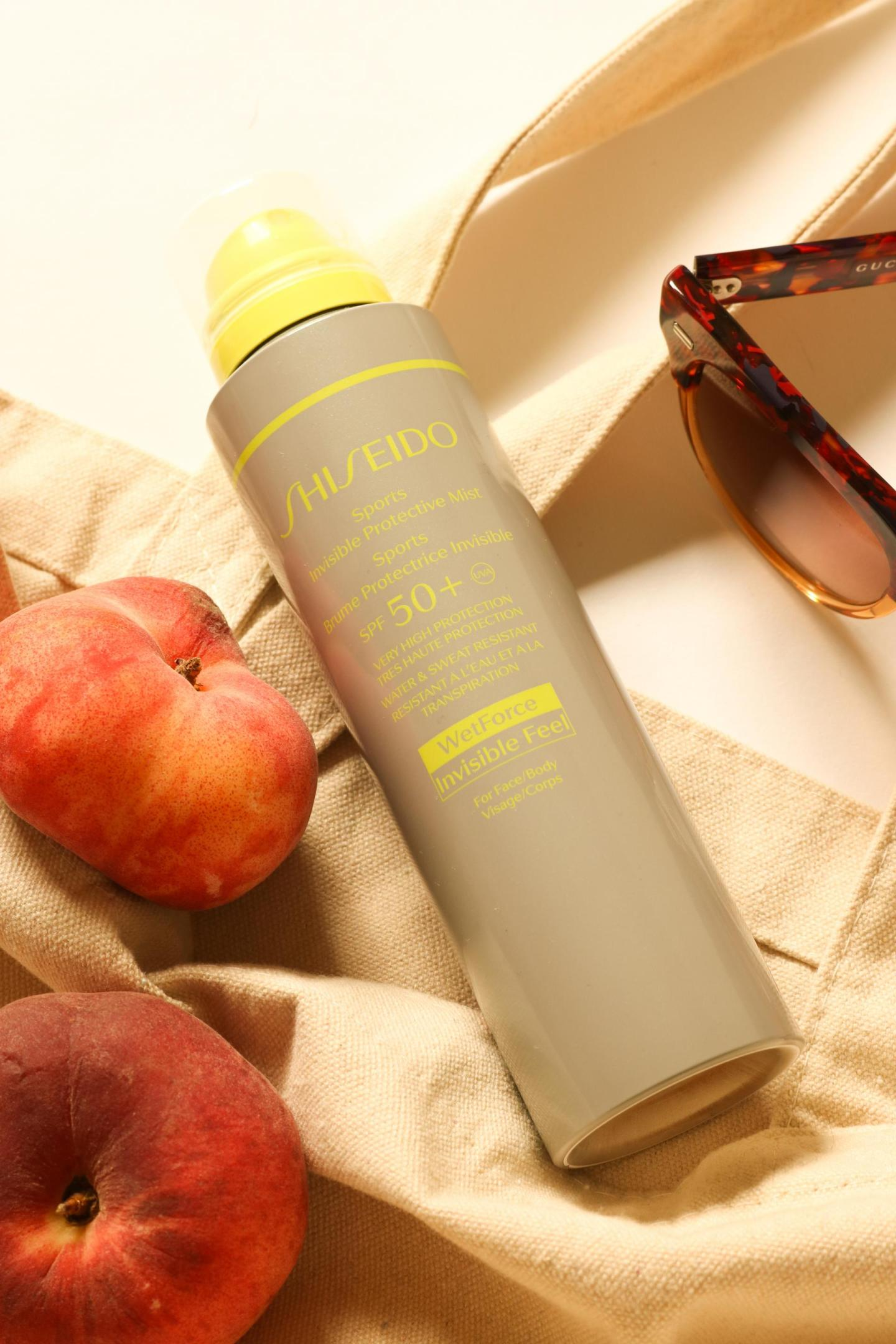 bag spill with the Sports Invisible Protective Mist SPF50+