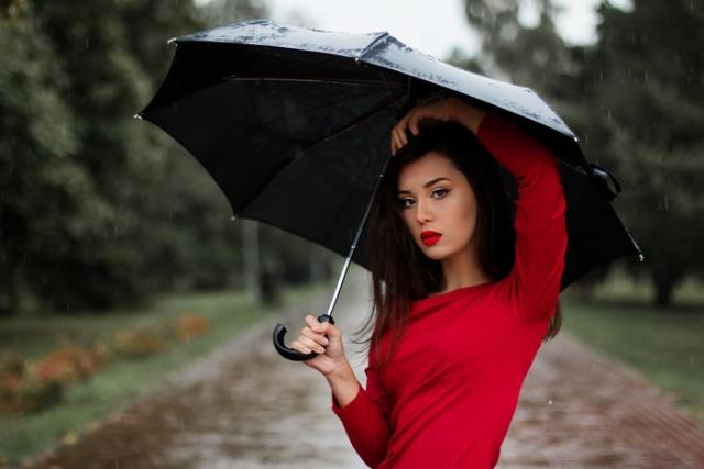 Skincare Mistakes to Avoid During Monsoon
