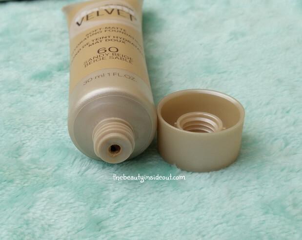 maybelline-dream-velvet-soft-matte-hydrating-foundation-cap