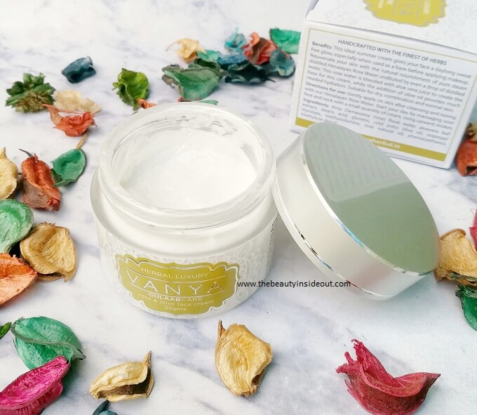 Vanya Herbal Gulaabcare Face Cream Packaging