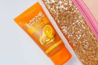 Lakme Blush & Glow Orange Walnut Gel Scrub Review