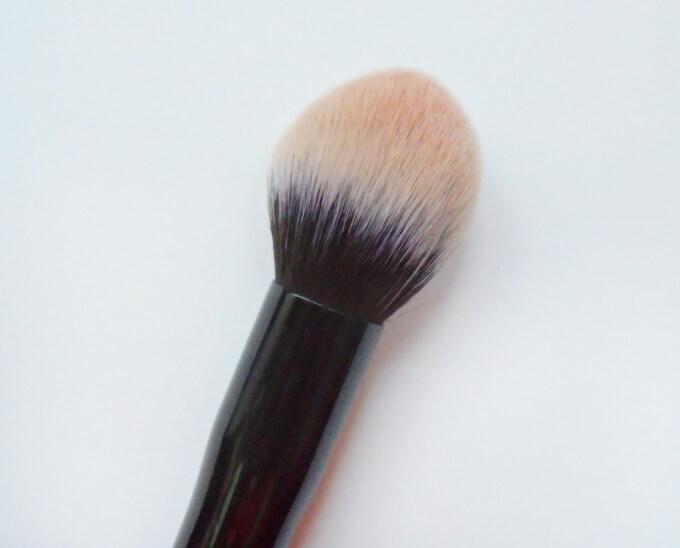 Makeup Brush For Blending