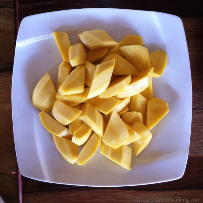 Plate of mangoes