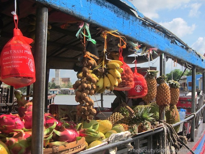 Fruit vendor, Cai Be floating market