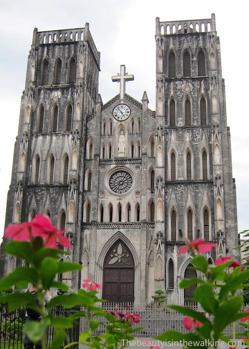 Cathedrale Saint Joseph_Hanoi