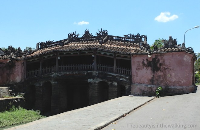 Japanese pagoda-bridge in Hoi an