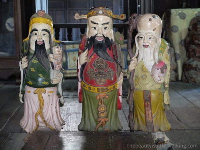 Characters in the Phùng Hưng House in Hoi an