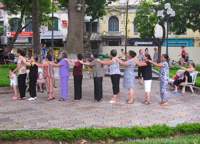 Fitness near the Hoan Kiem lake, Hanoi