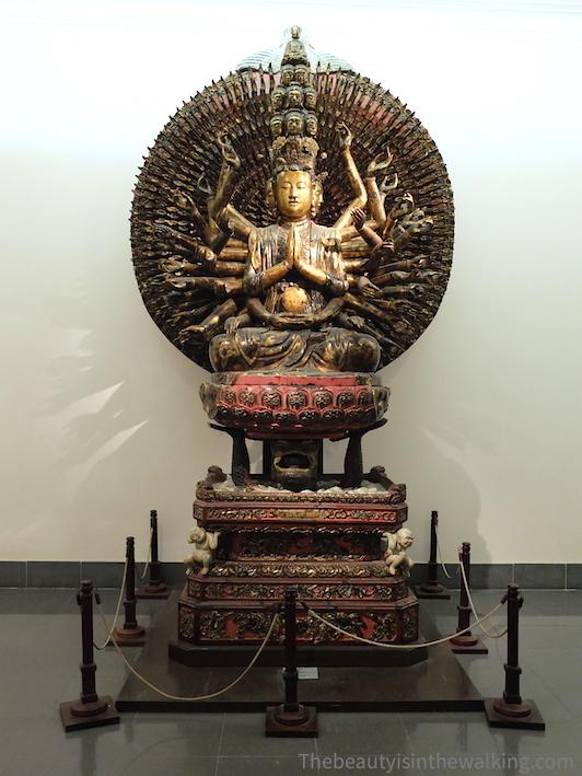 Déesse de la pitié (Kouan Yi), musée des Beaux-Arts de Hanoi