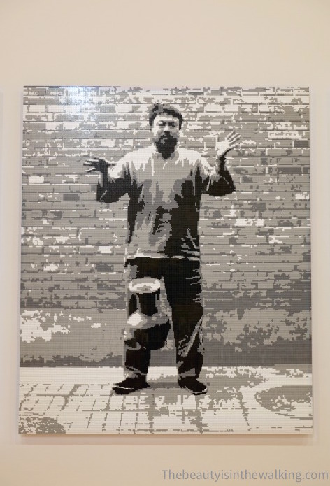 Dropping a Han dynasty urn, Ai Weiwei - NGV, Melbourne