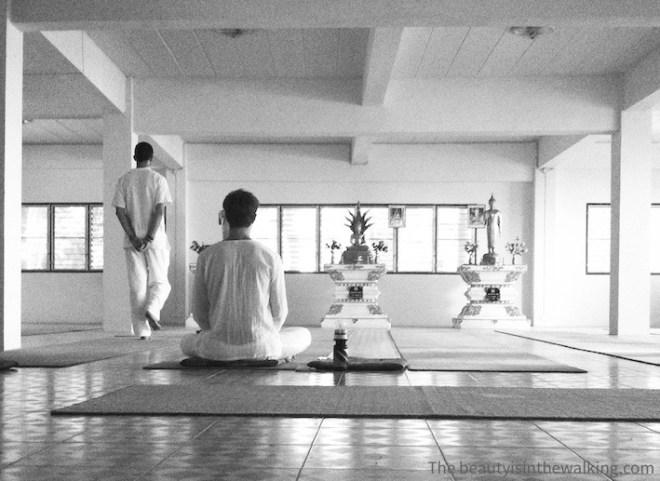 Méditation marchée et méditation assise