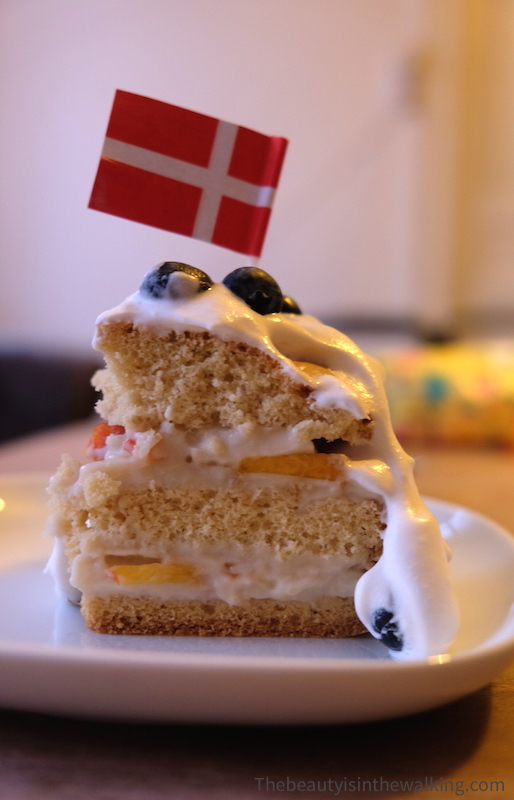 Lagkage, Danish birthday cake
