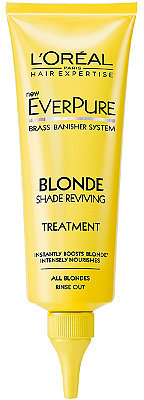 How To: Keep Your Blonde Hair Fresh at Home