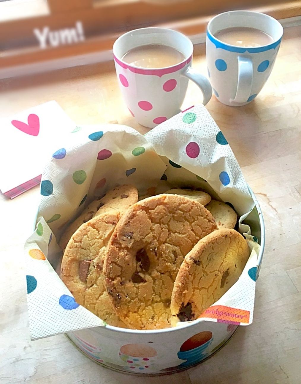 Delicious chic and orange cookies. The finished cookies in a tin