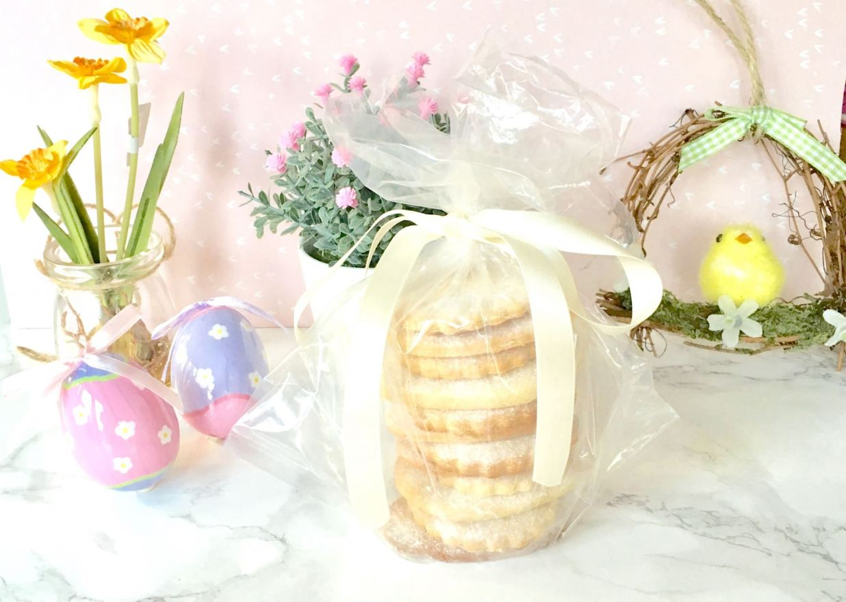 the finished easter biscuits wrapped up decoratively as a gift