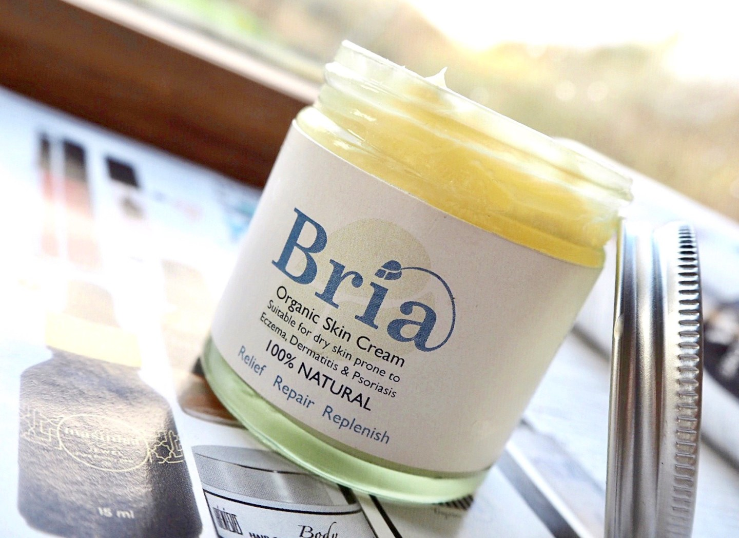 Bria organic cream. Ethical beauty.