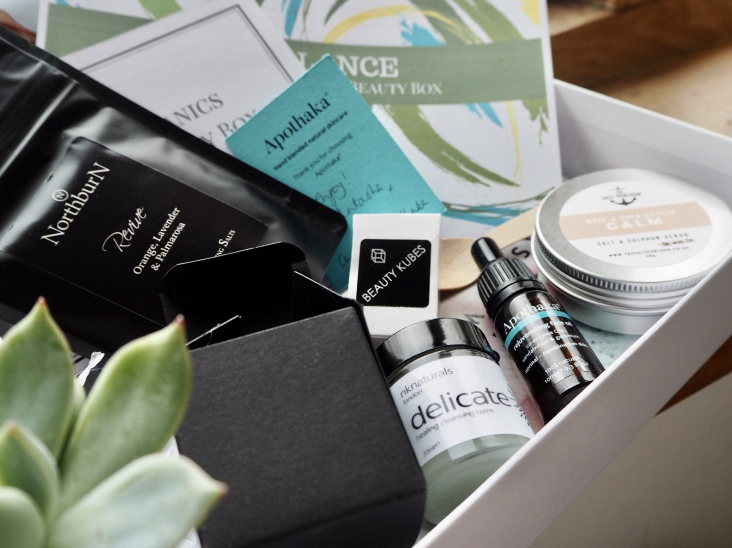 Skin organics, clean beauty subscription box