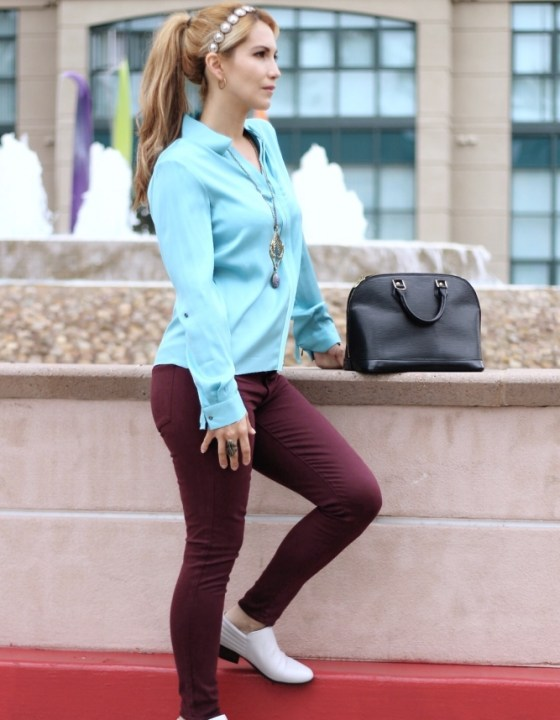 TURQUOISE AND BURGUNDY: A MARVELOUS MATCH