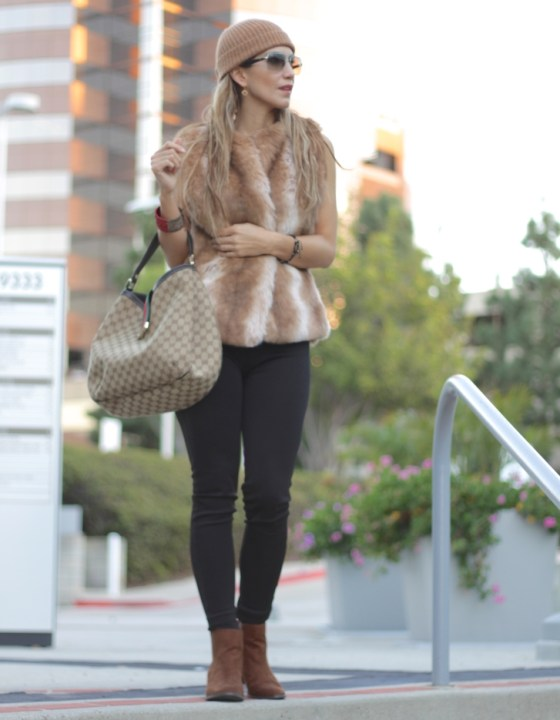 STYLING FAUX-FUR