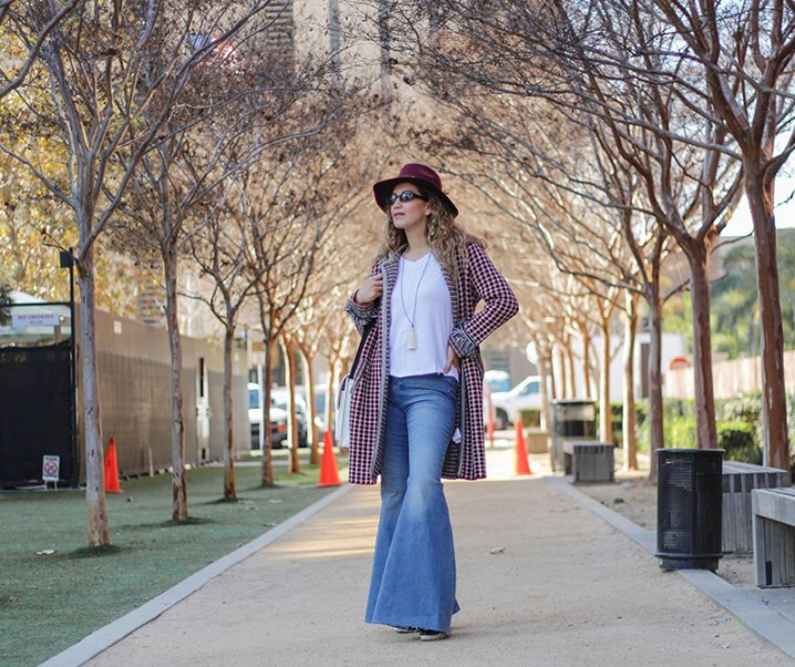 How To Wear Super Flare Jeans
