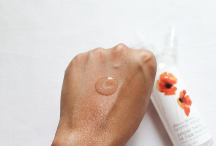 Aroma Magic Juniper Berry Oil Free Moisturiser Texture