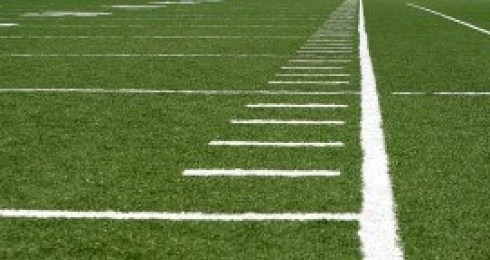 3161784-green-football-field-with-large-yard-markers-e1358710176720