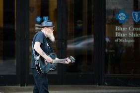 Guitar walker