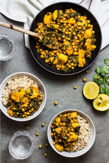 Potato, Chickpea and Spinach Curry. Recipe and Food Photography by Shika Finnemore, The Bellephant